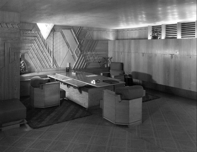 frank lloyd wriight interior