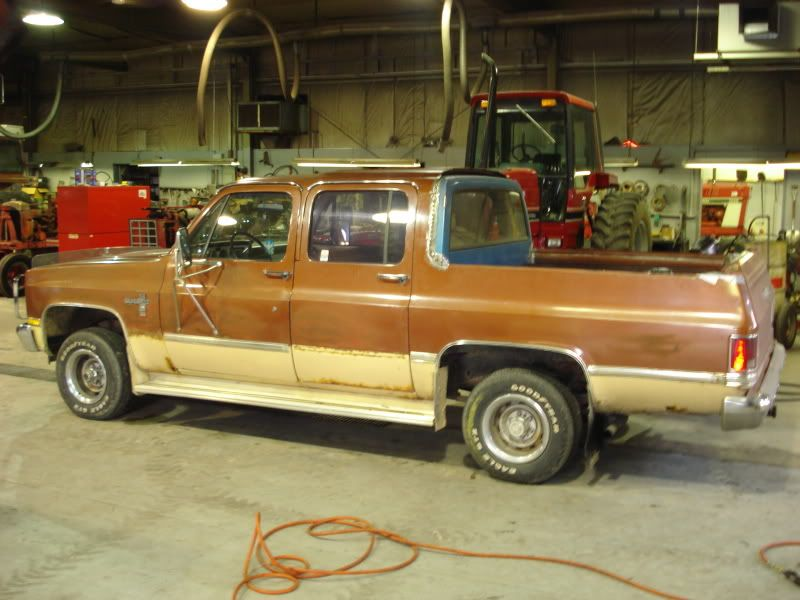 Chevrolet Square Body Suburban Converted To Crew Cab Ute Chevrolet Suburban Chevy Trucks Flower Car