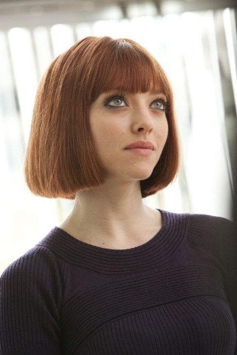What To Wear With Short Hair Glam Radar Blunt Bob With Bangs Bob Hairstyles Amanda Seyfried Hair