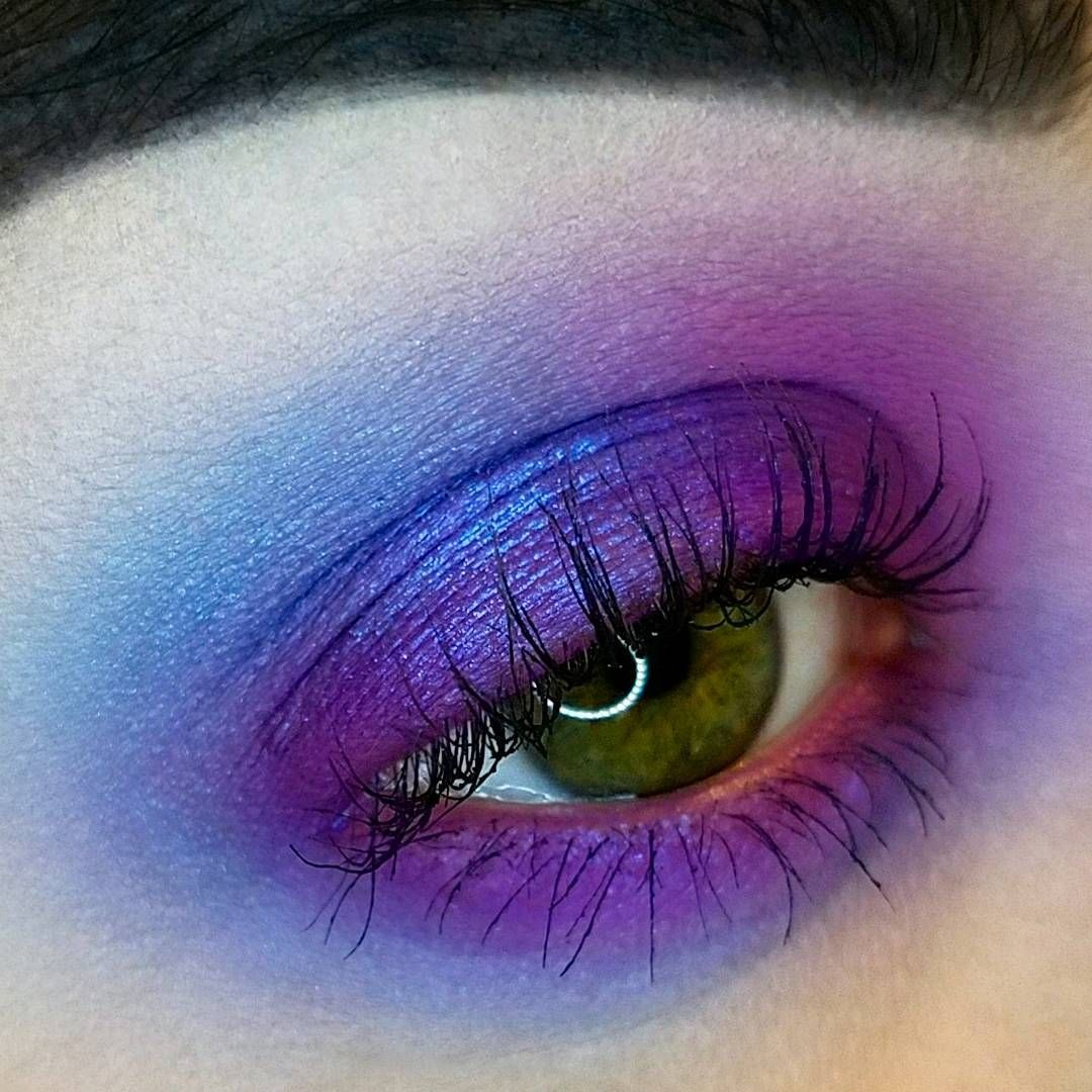 pastelgothpalette • Instagram photos and videos Makeup