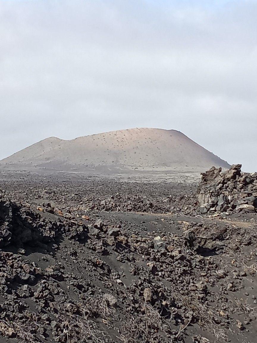 Caldera El Cuervo En 2020 Lanzarote Ruta De Senderismo Isla De Lanzarote