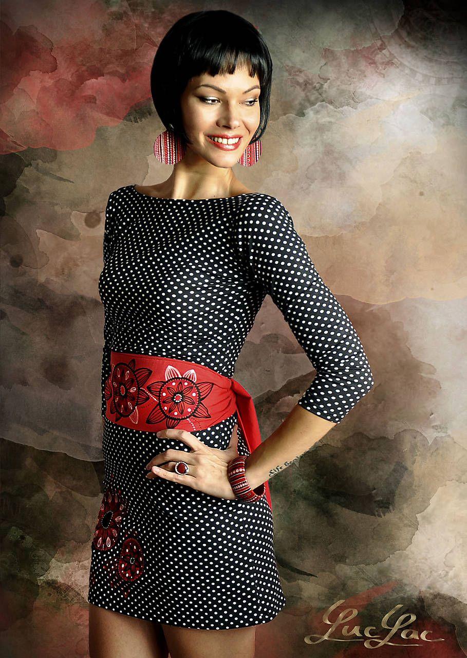 Výrazné šaty s bodkami - Swirl