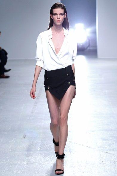 Sfilata Anthony Vaccarello Paris - Collezioni Primavera Estate 2014 - Vogue