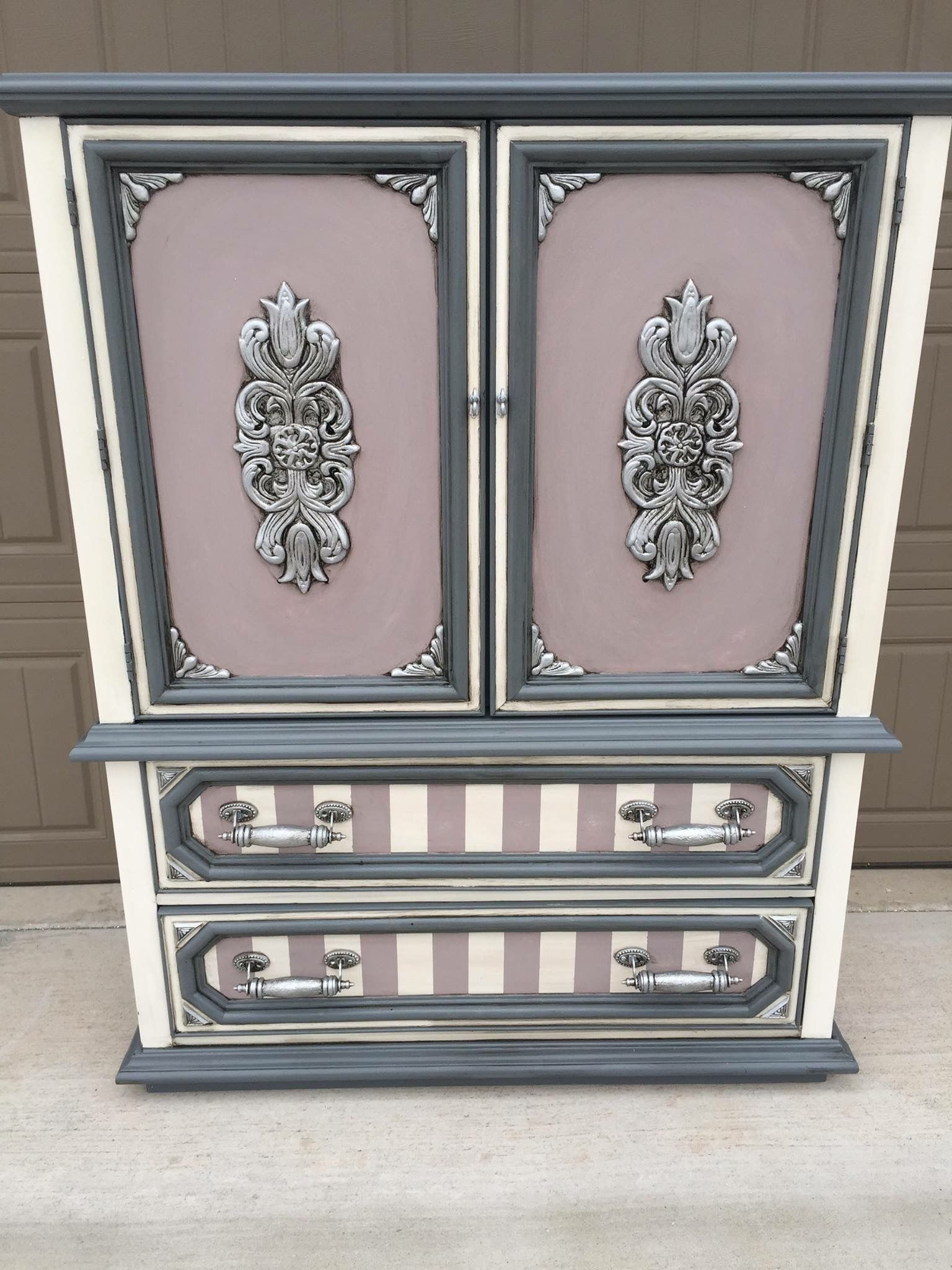 Pin By Audrey Limoges On Fit For A Princess Funky Home Decor Funky Painted Furniture Shabby Chic Furniture Diy