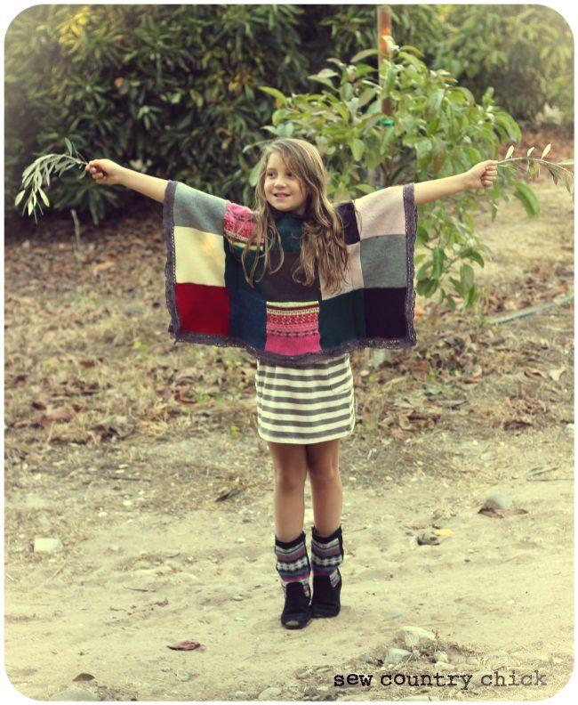 Sweater Poncho Tutorial. poncho van oude truien