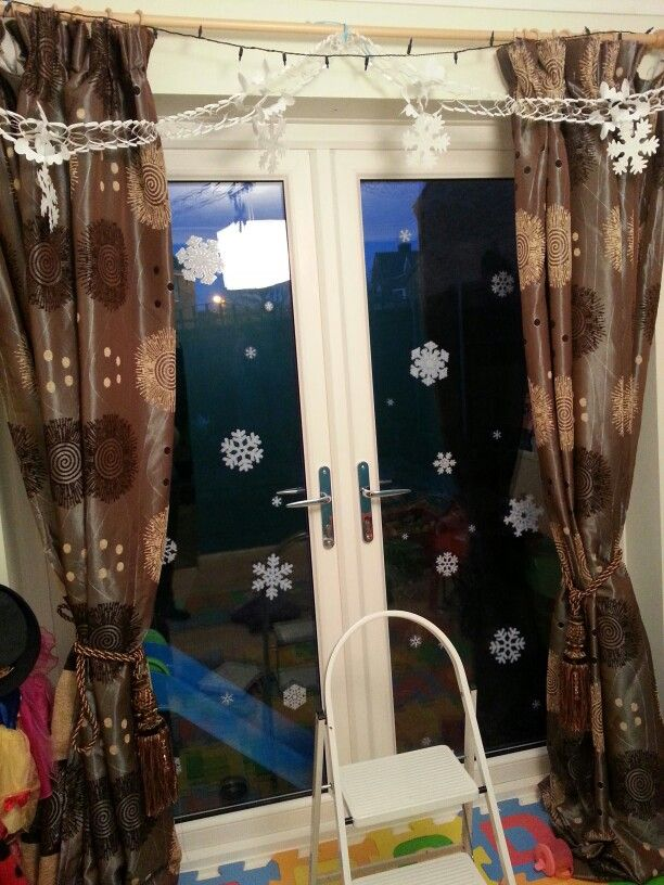 Snowflake Window Stickers From Lidl Snowflake Garland On Amazon - Snowflake window stickers amazon