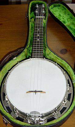 (Abbott made) Hawkes & Son branded Banjo Ukulele circa 1927 --- https://www.pinterest.com/lardyfatboy/