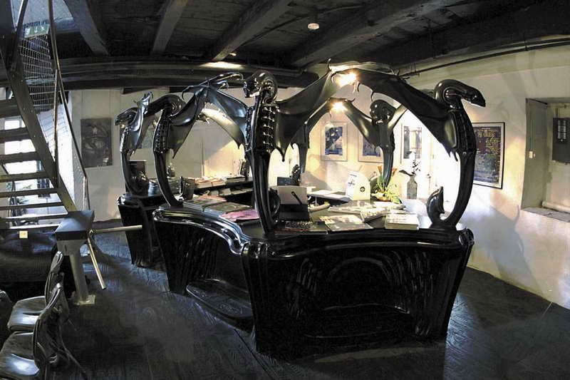 High Quality Giger Furniture With Work Desk Part 27