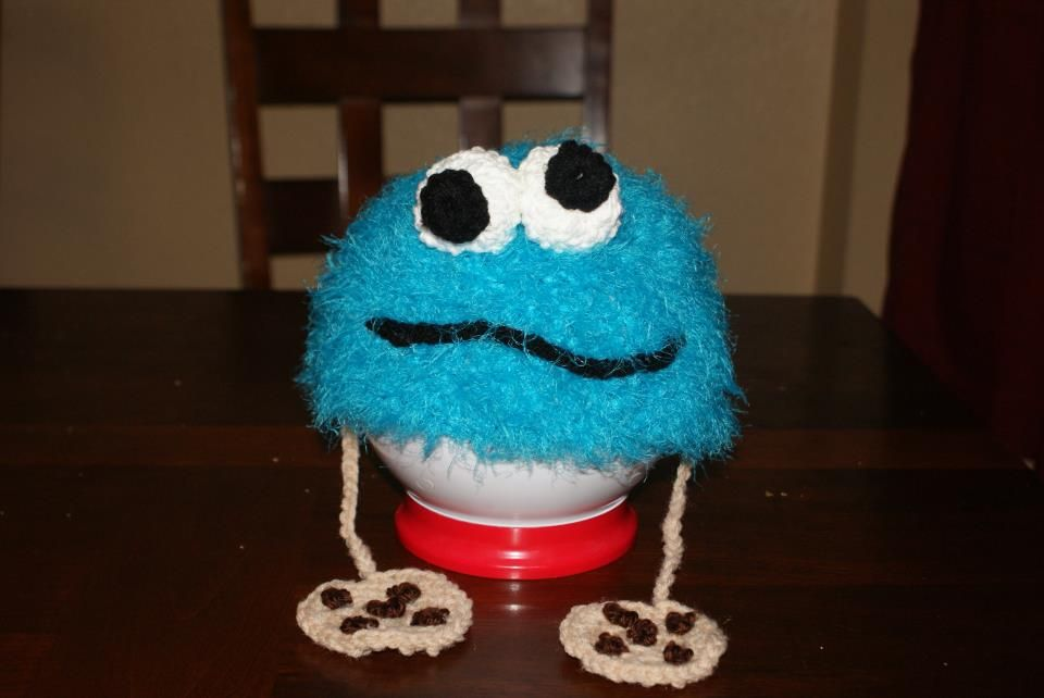 "Cookie Monster w/ Cookie tassels  This is awesome!  Never leave home without your ""snack""!"