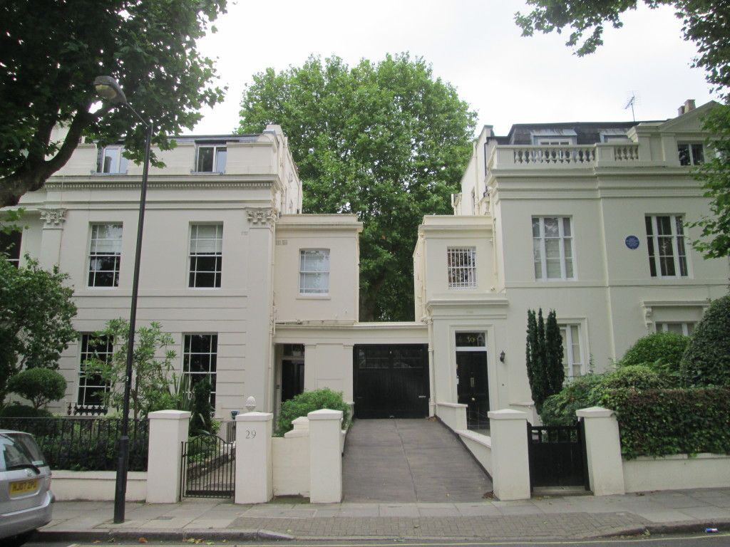 The Home Of Pink Floyd Guitarist David Gilmour Maida Vale London 5039s And Modern Wiring Style Diagram From Http Wwwmylespaulcom