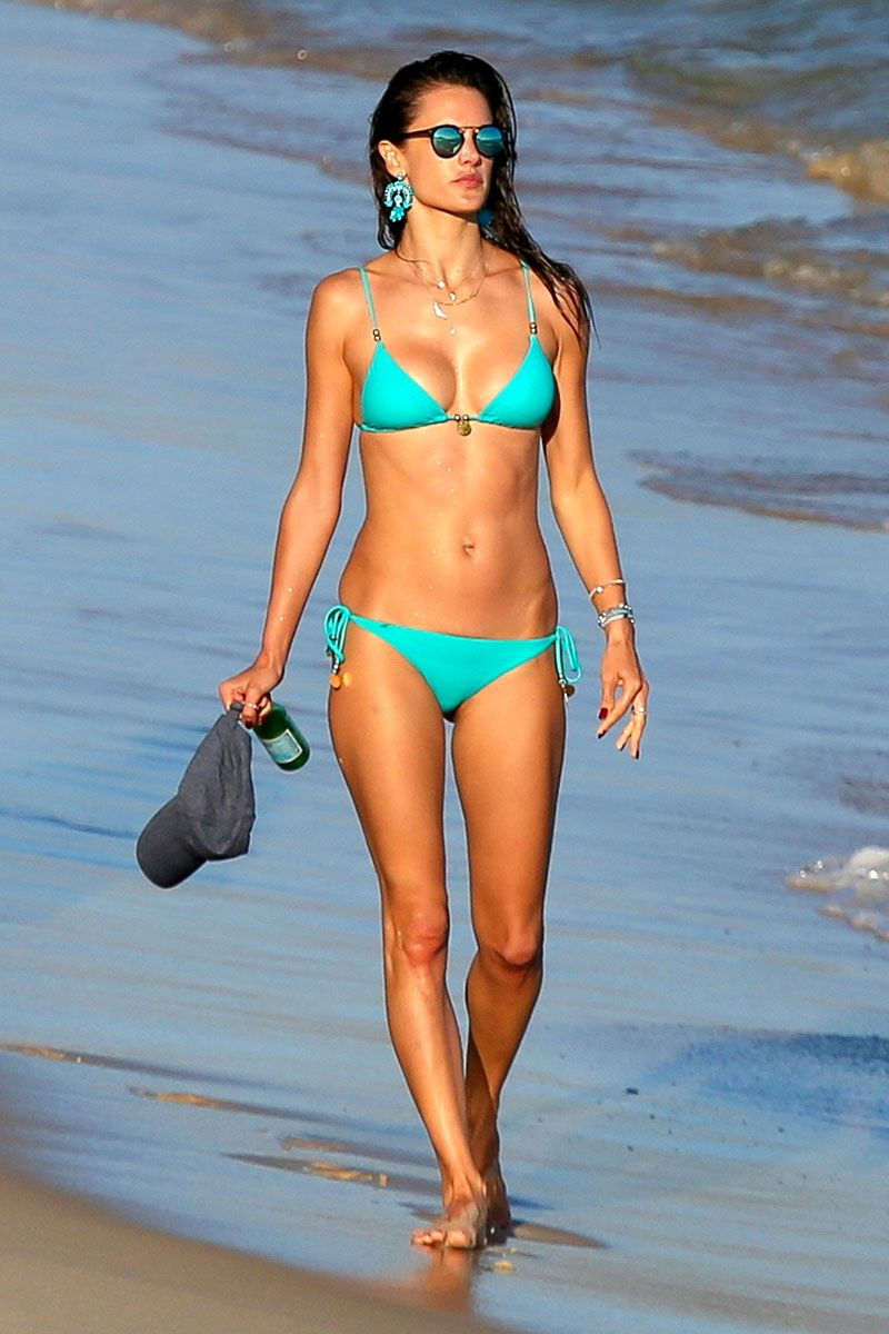 a1f7499ae6a 30 photos of the hottest celebrity swimwear  Alessandra Ambrosio.