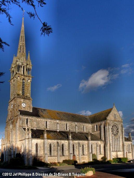 Église St-Nicolas-St-Guillaume, à Hénanbihen.