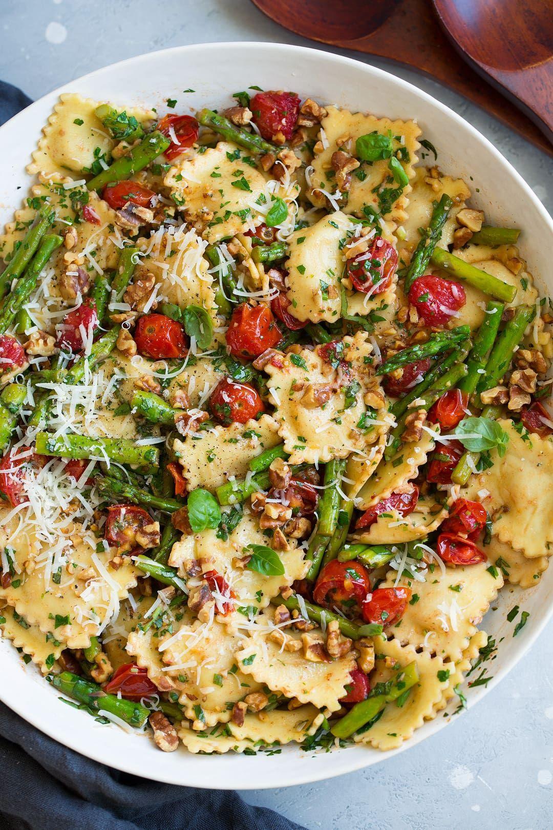 Ravioli with Tomatoes Asparagus Garlic and Herbs -