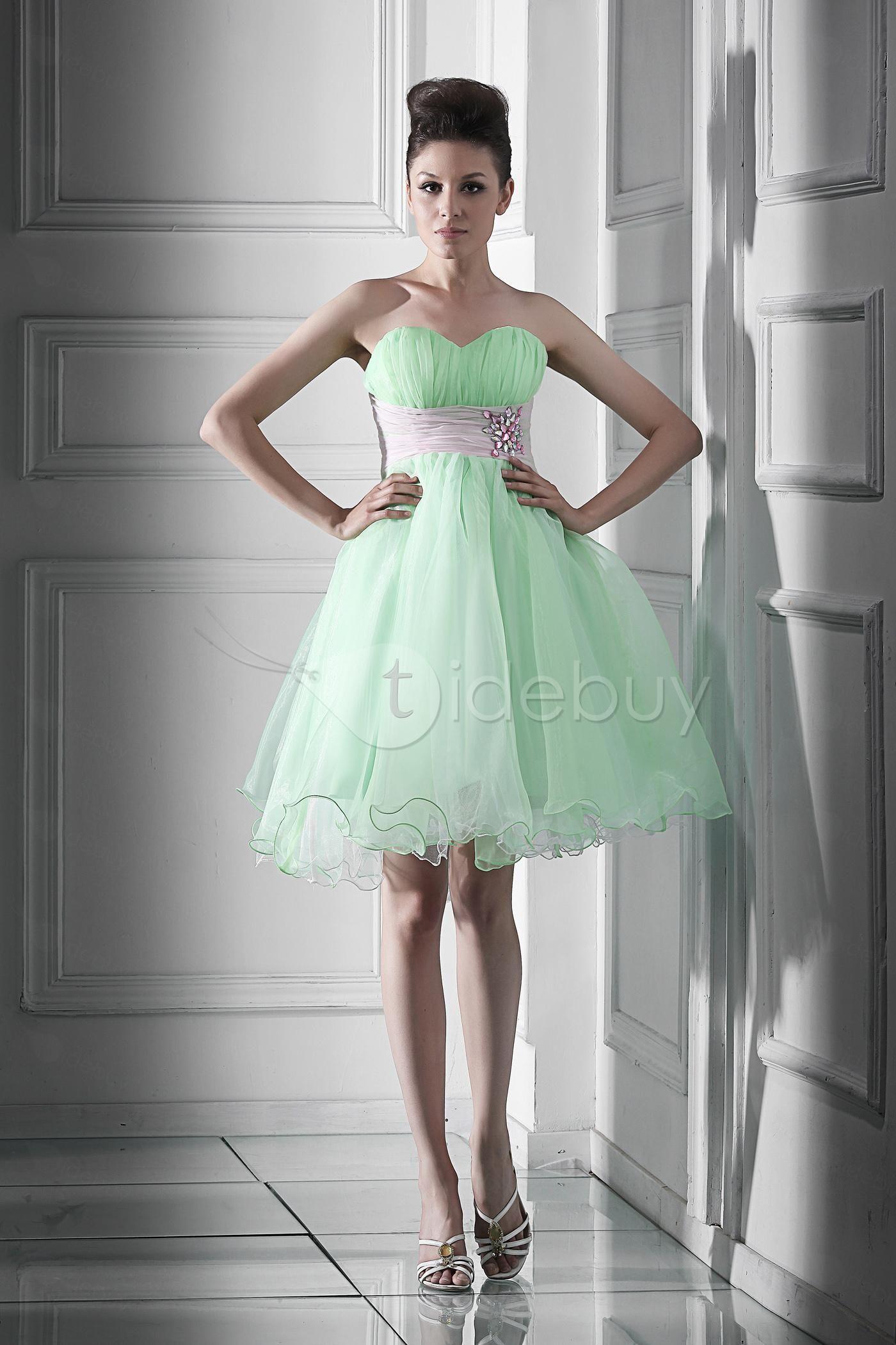 Cute Sweetheart Empire Waistline Beading Short Daria S Homecoming Sweet 16 Dress Homecoming Dresses Sweet 16 Dresses Winter Ball Dresses [ 2100 x 1400 Pixel ]