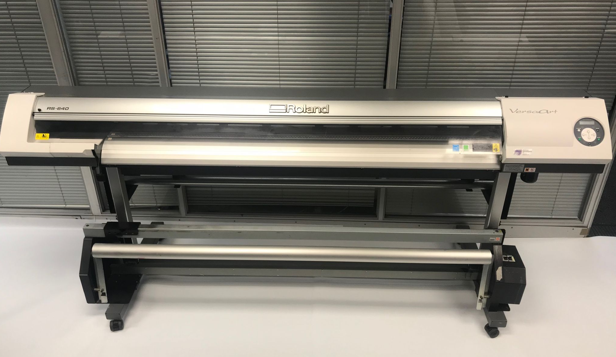 High-speed Roland RS640 Eco-solvent Printer with Four
