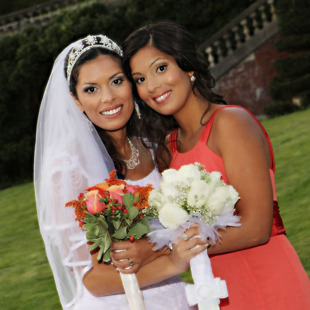 Airbrushed wedding dress  Melissa the Bride and her sister with airbrushed makeup and hair