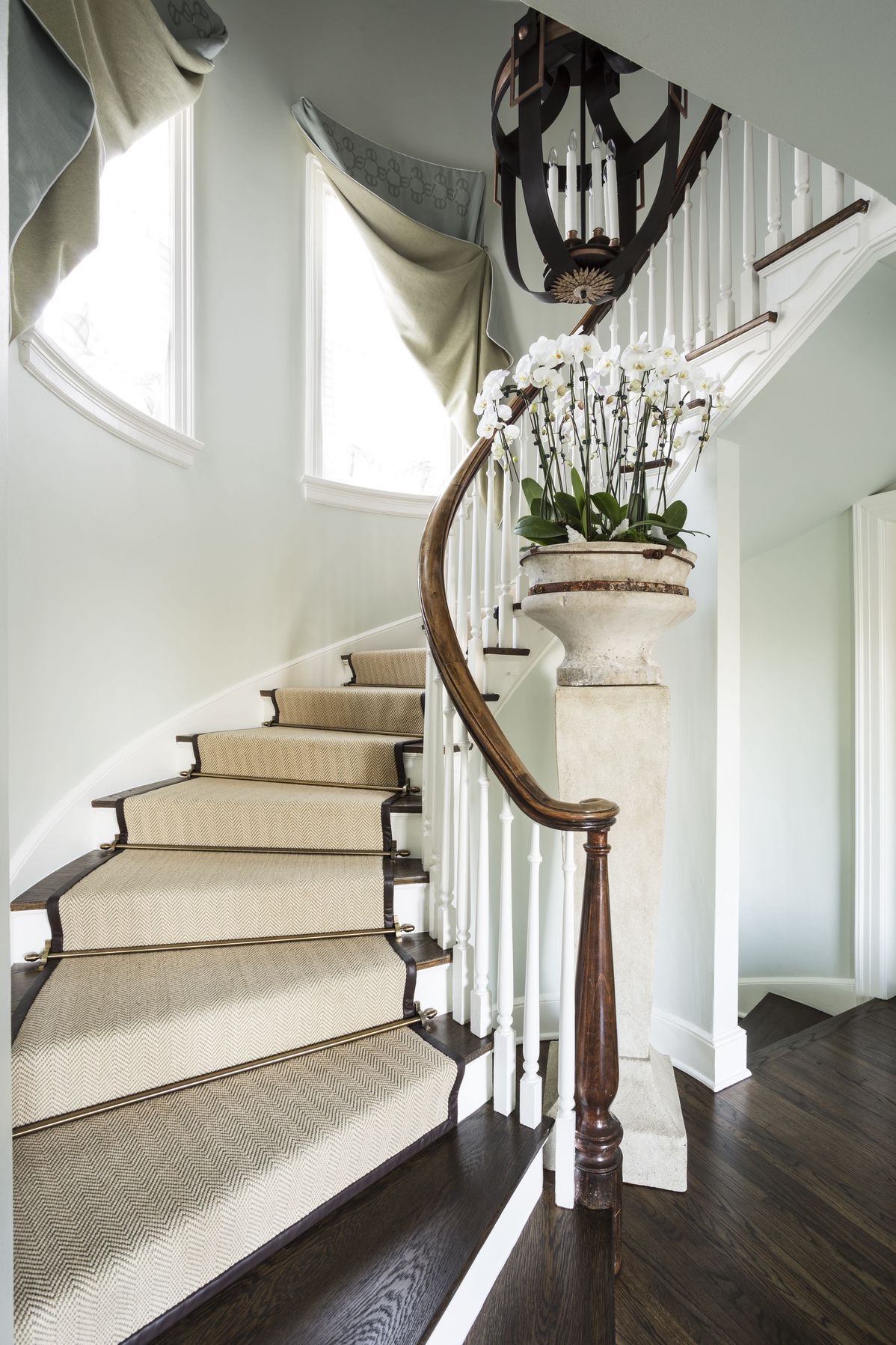 Best 25 Carpeted Staircases That Are Far From Ordinary And 400 x 300