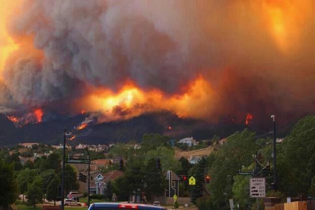 Wow!! Waldo Canyon Fire 6-26-12 via KDVR.com FOX 31 News in Denver, Colorado