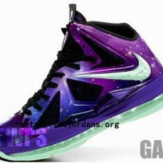 newest lebron basketball shoes for girls - Google Search | Hot ...