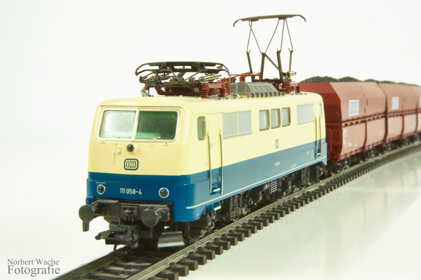 Maerklin 3342 BR111058-4
