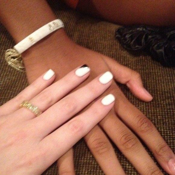 Khloe Kardashian Nails | Khloe-Kardashian-Nails-Manicure-13-580x580 ...