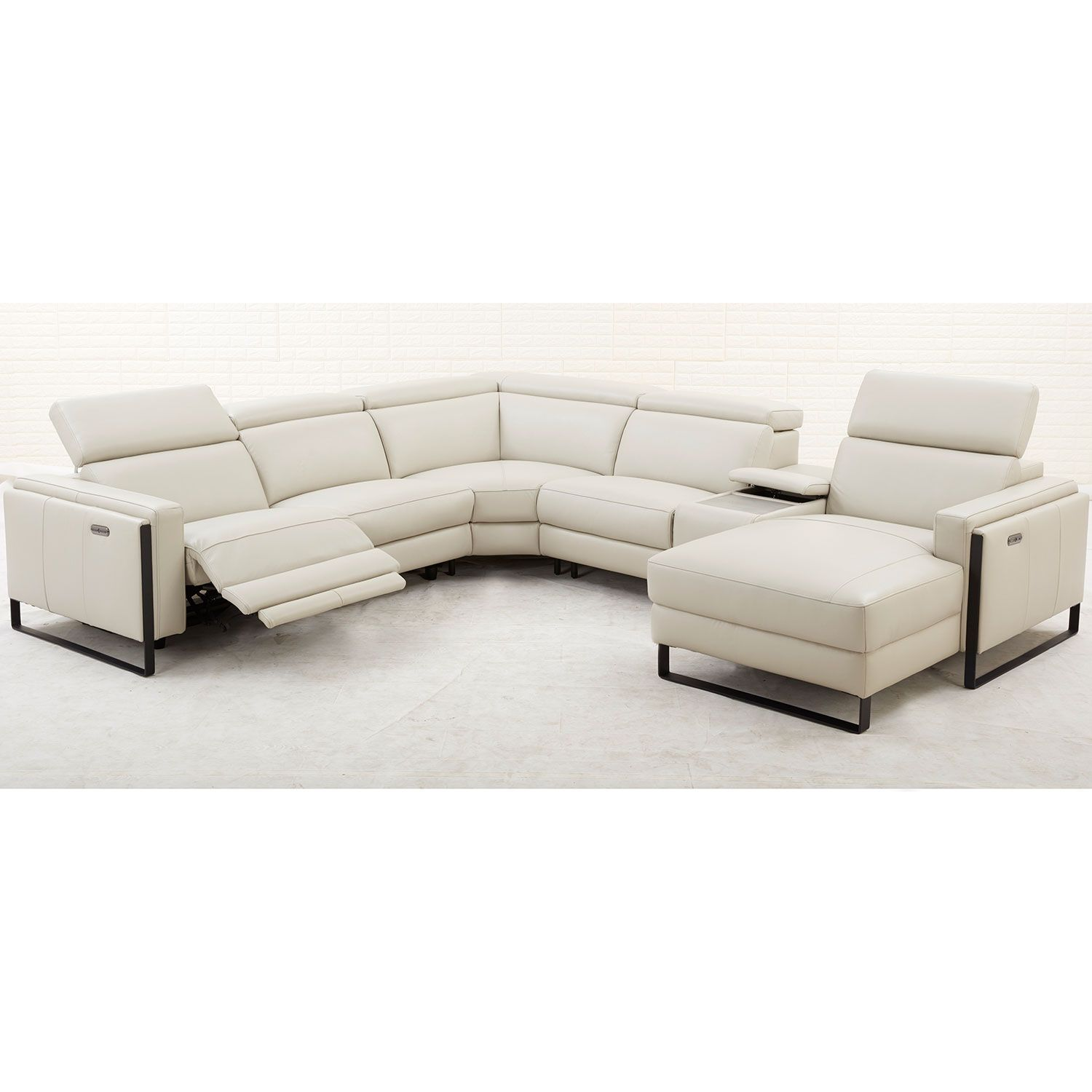 Southern Motion 419 05p 976 15 Sectional Starstruck Power Headrest Reclining Sectional Sofa Off White Top Grain Leather In 2020 Reclining Sectional Sectional Sofa With Recliner Southern Motion