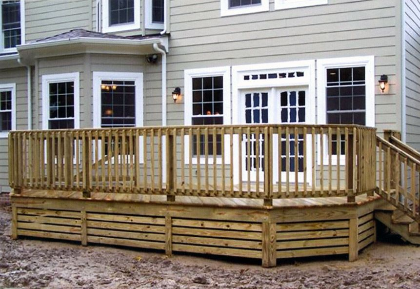 26 most stunning deck skirting ideas to try at home for Cheap decking material