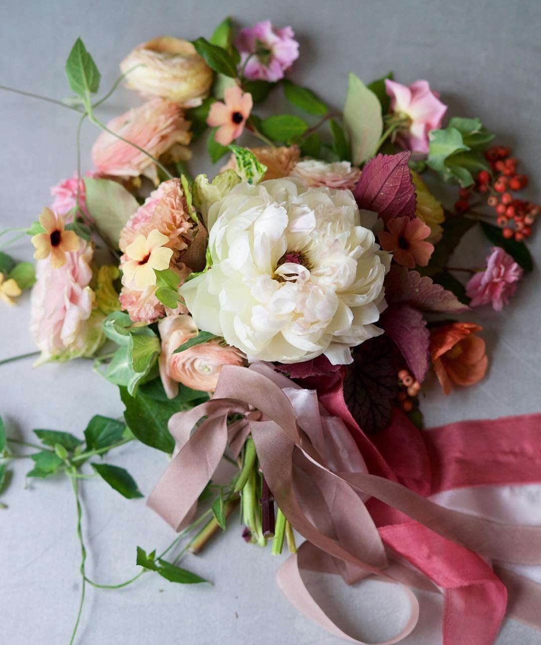 San Francisco Based Floral Designer Inquiries Hellotulipina