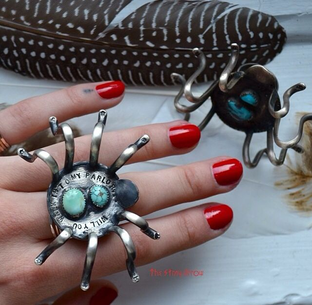 Awesome spider ring by The Stray Arrow