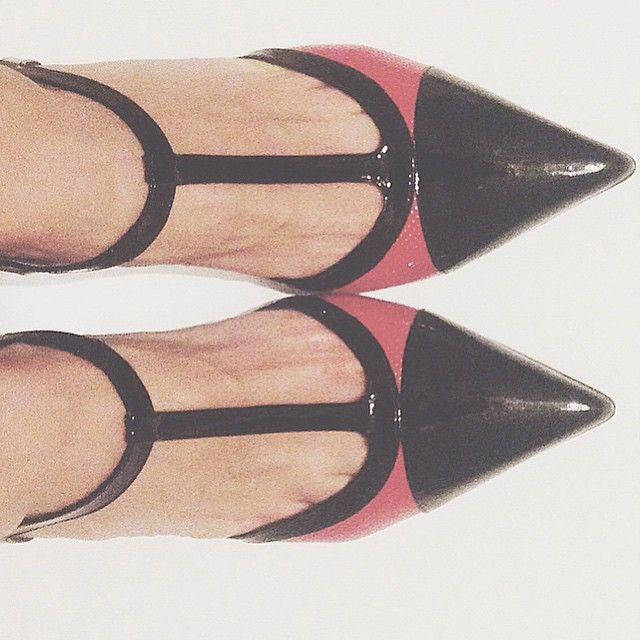 #RobertaRuiu Roberta Ruiu: Goodmorning shoes! — @giovannifabiani — #LetMeBeCinderella #Cinderella #shoes #fashion #fashionable #instafashion #fashiondiaries #fashionstyle #ootd #loveit #highheels #heels #stilettos #footwear #sandals #beautiful #lovethem #brogues #moda #instashoes #shoesoftheday #shoe #tagsta_fashion