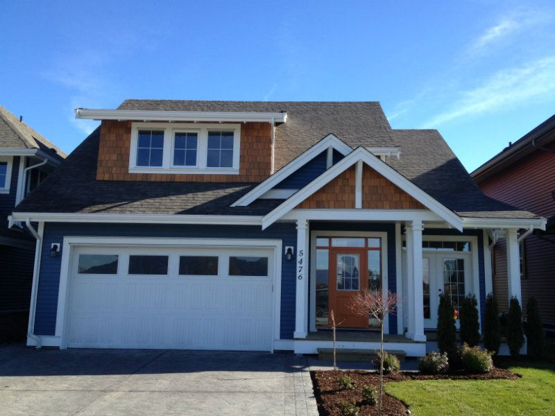 Best Job 12 236 Vinyl Siding And Cedar Shakes Blue Vinyl 400 x 300
