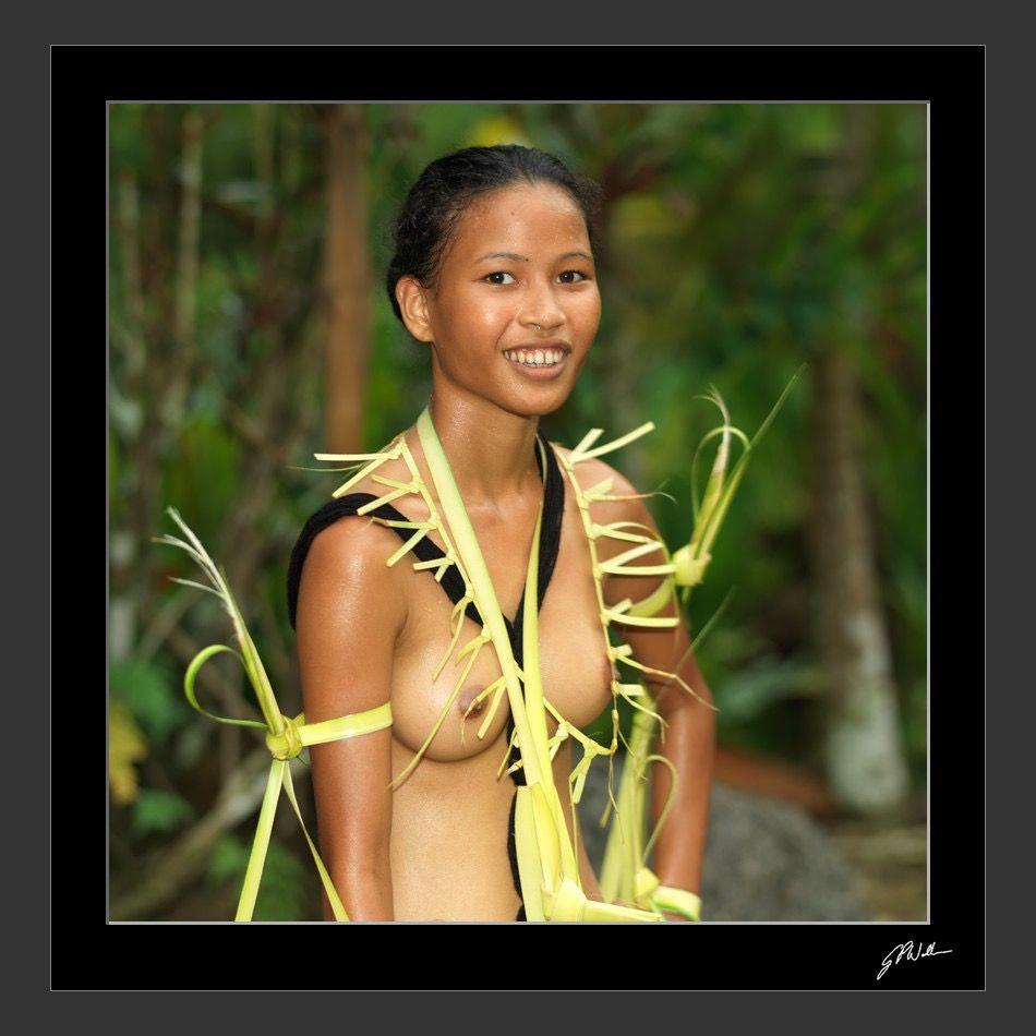 micronesia woman