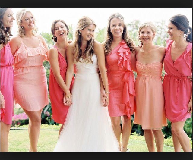 830cb65628 Coral ombré | Wedding in 2019 | Coral bridesmaid dresses, Bridesmaid ...