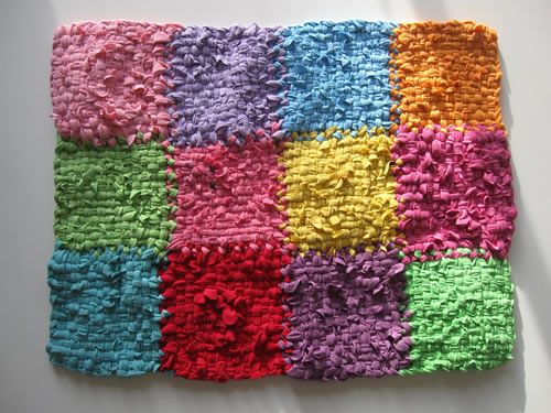 weave rug or placemat with 12 potholders using looper loom