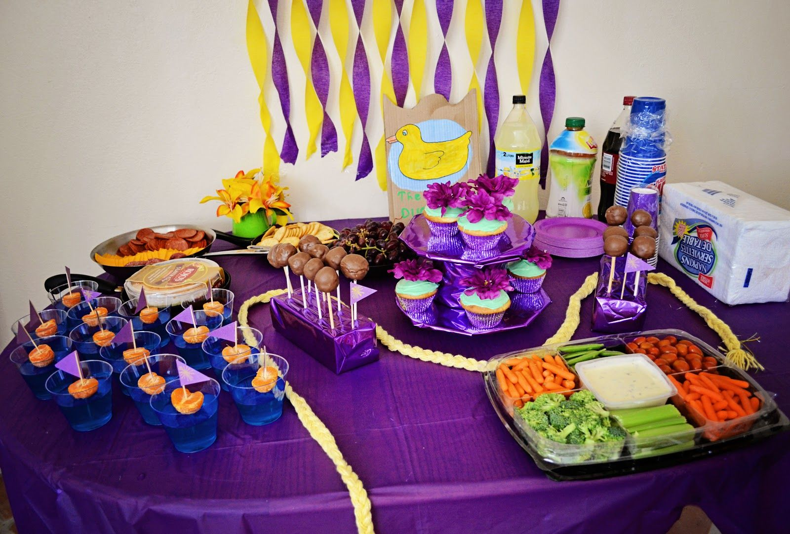 Yours, Mine & Ours: Serenitys Tangled Party food table