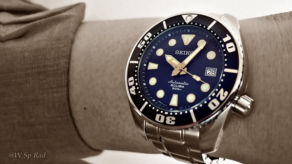 Thinking about adding a Blue Seiko Sumo to my collection- pics please