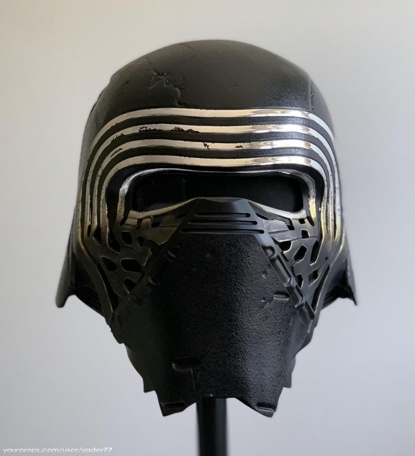 Star Wars The Force Awakens Kylo Ren Helmet Replica Movie Prop In 2020 Kylo Ren Helmet Star Wars Helmet Movie Props