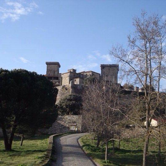 Cando o Castelo era de todos #monterrei #verin #galizaportugal #galiciamaxica by xulia_merce