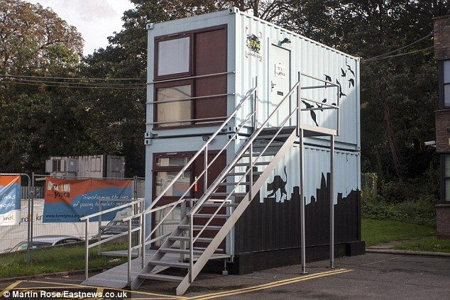 Chinese Shipping Containers Being Rented Out For 75 A Week In London Container House Container Buildings Shipping Container