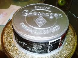 Redneck cake ok so Ill prolly never make this one but its pretty