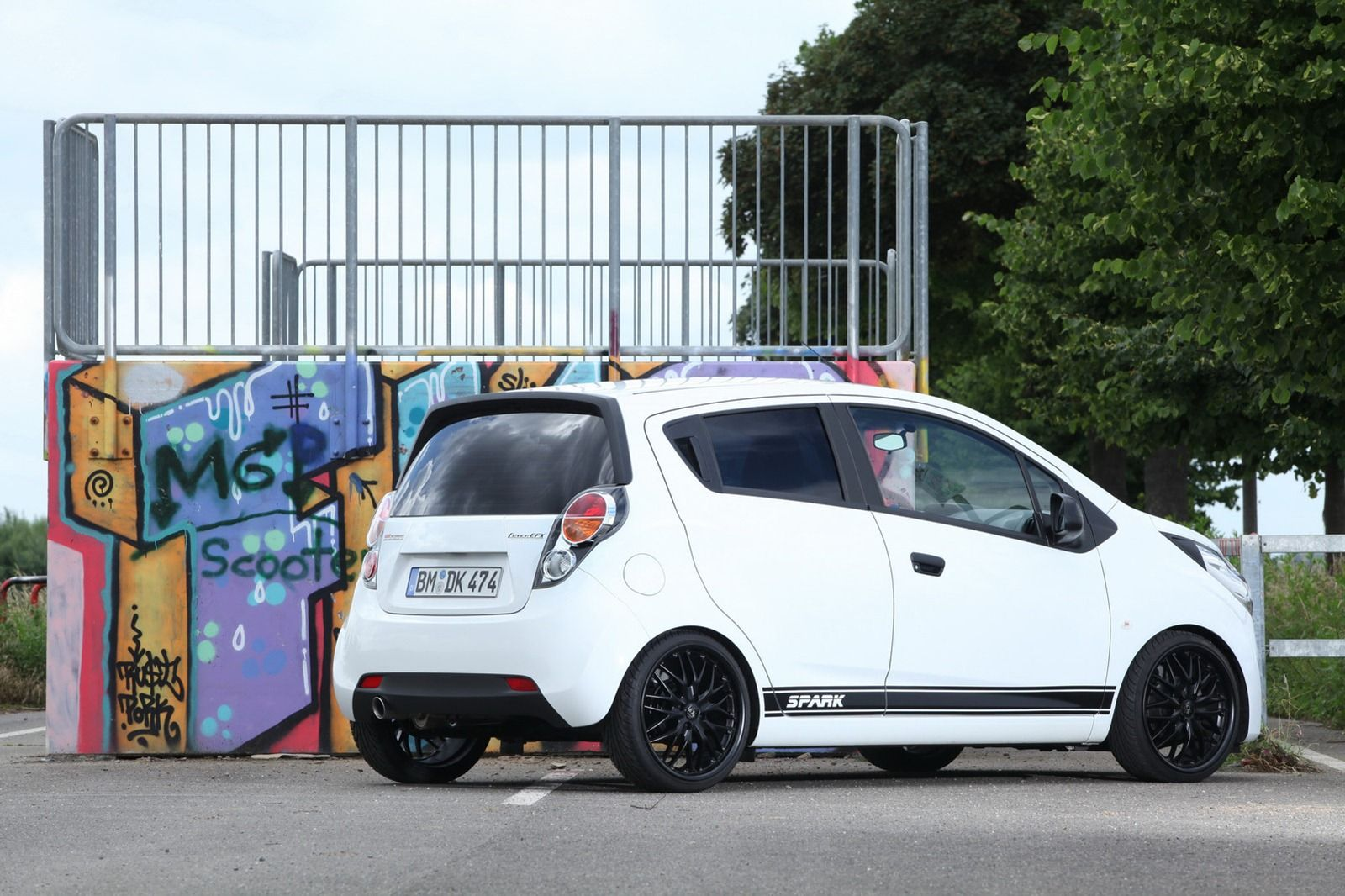 Chevy Spark White Cars Cars And More Cars Spark Gt Autos Carritos