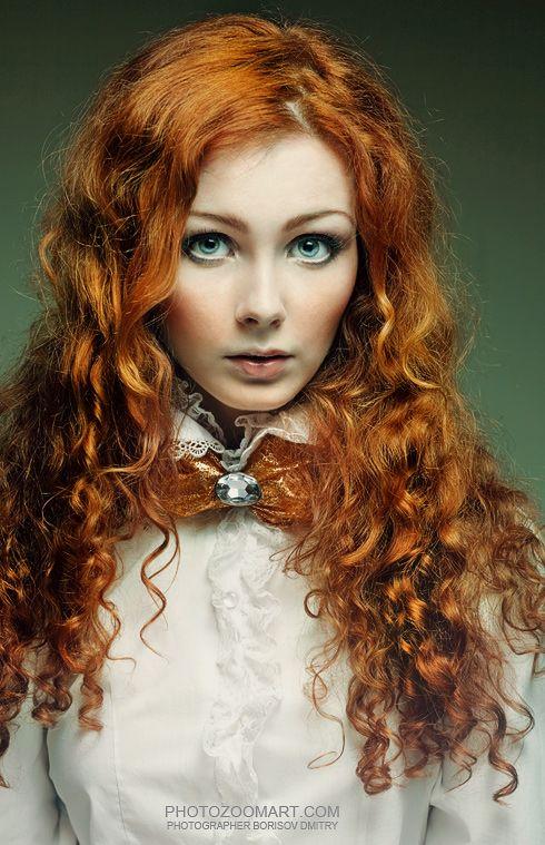 Propuesta Le Salon d'Apodaca. melena rizada peliroja entera red hairstyle  #lesalondapodaca