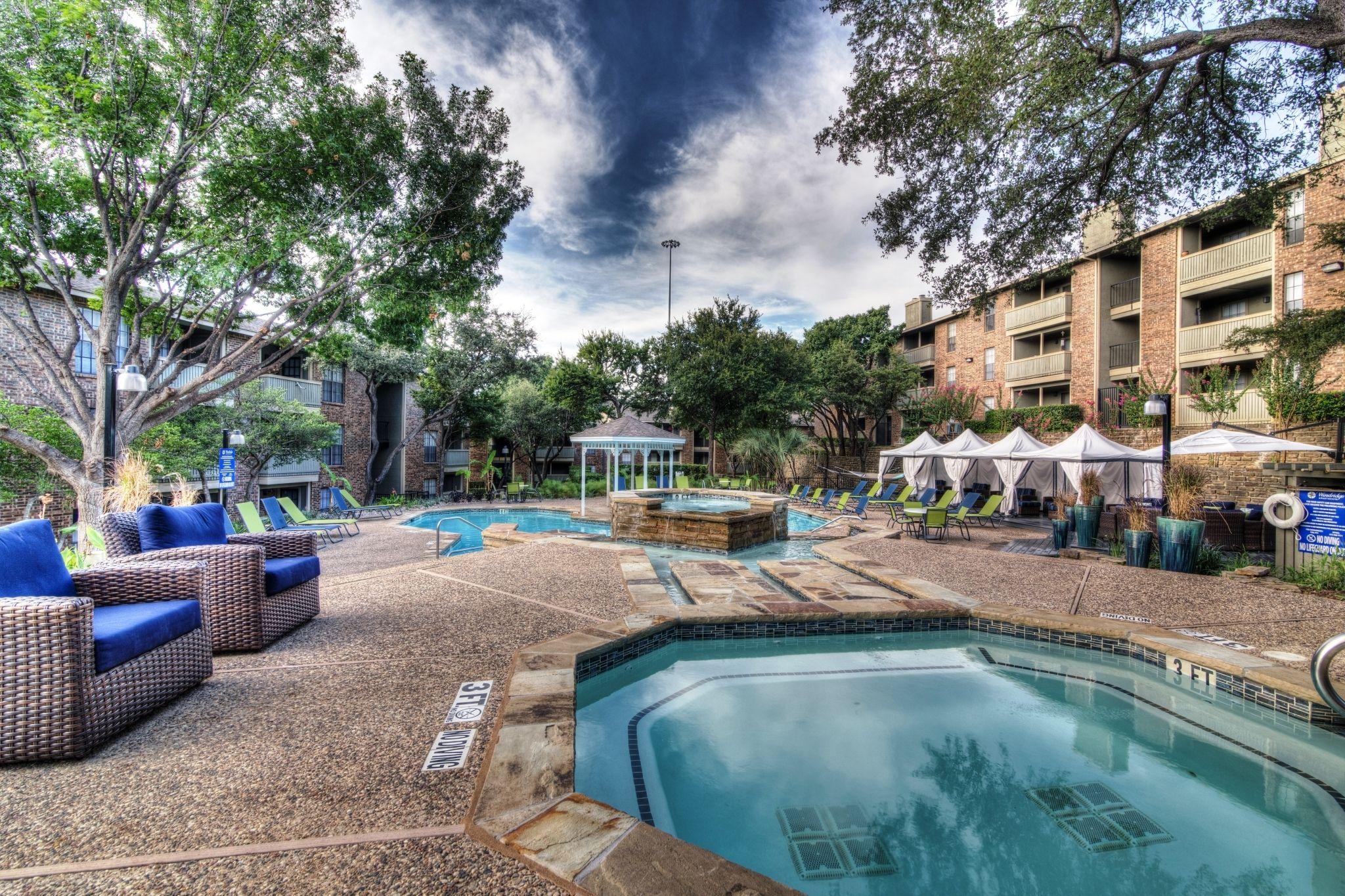Gazebo Surrounded By A Pool Grand Prairie My Dream Home Pool