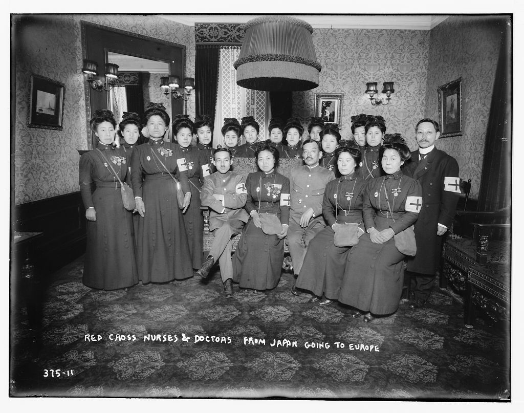 Red Cross nurses and doctors from Japan going to Europe 1915