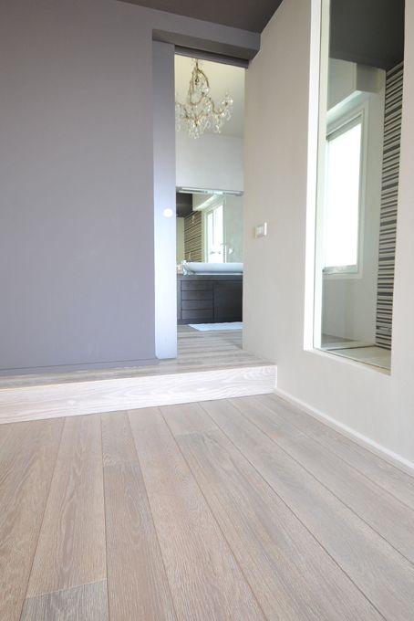 Parquet bianco soluzioni per ambienti moderni with for Ambienti moderni
