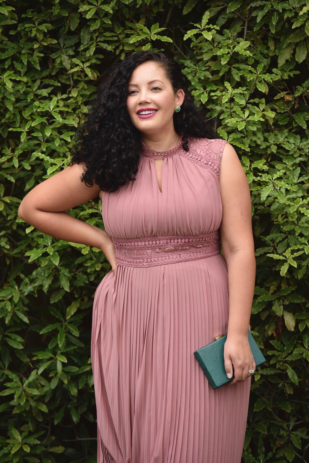 Lace Detail Maxi Dress   Ropa modesta, Curvas y Mujeres lindas