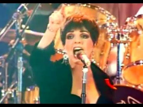 Queen   Liza Minnelli   We Are The Champions   (Freddie Mercury Tribute ...