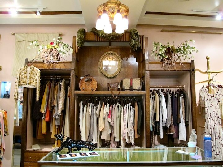 Top 10 Vintage Clothing Stores In New York City Vintage Clothing Stores Vintage Clothes Shop Clothing Store
