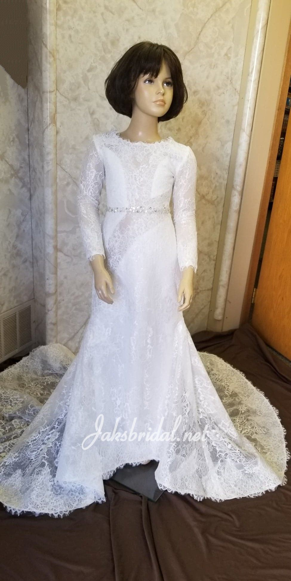 If you looking for flower girls wedding dresses to match