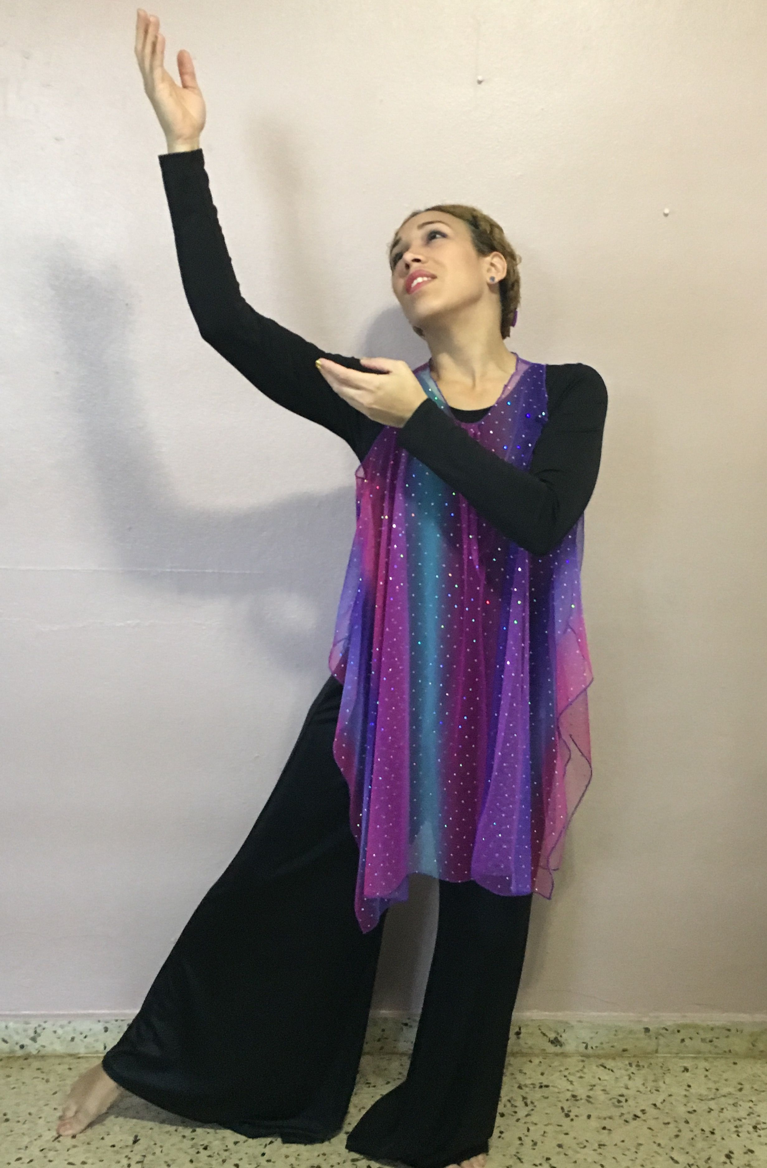 Pin de Alicia Green en Praise Dance   Pinterest   Traje, Cristianos ...
